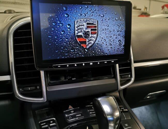Fortin Auto Radio | 2012 Porsche Cayenne