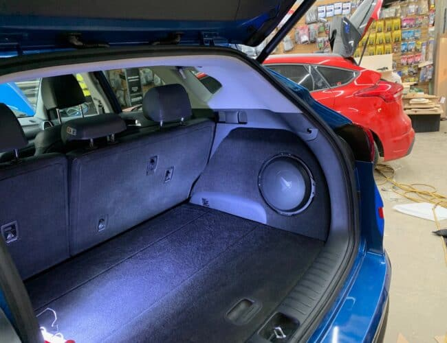 SOUND OBSESSIONS | JL Audio Trunk